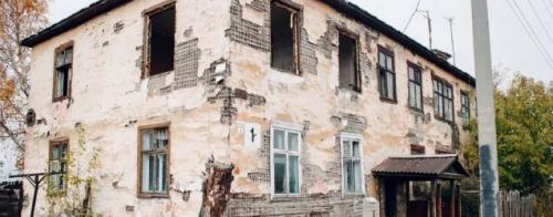 «Карточный домик» для переселенца? Агаповчанка просит администрацию района заменить ей жилье