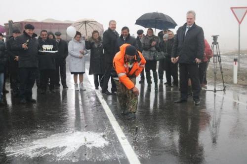 Пыль да туман. Новые дороги в Агаповском районе начали разрушаться через полгода после открытия